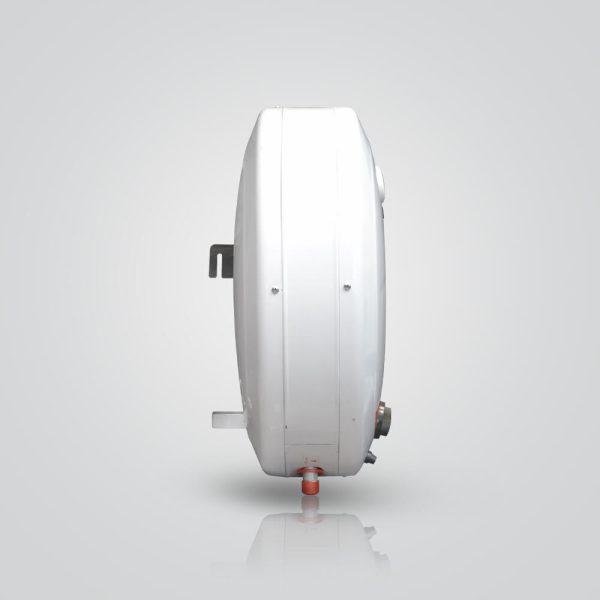 نمایی دیگر از آبگرمکن زودجوش برفاب مدل 15EW سفید رنگ