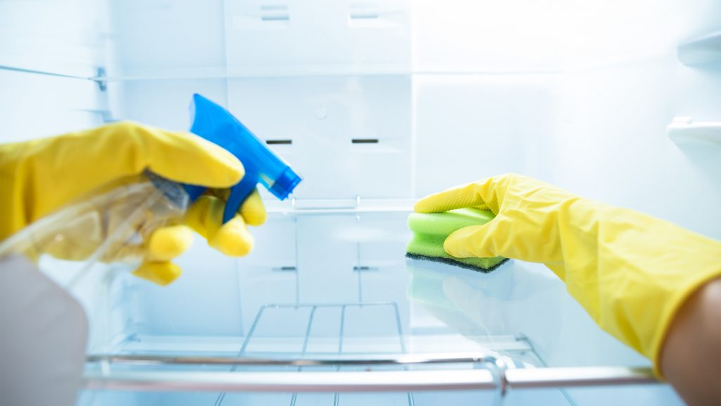 ترفند های ضدعفونی کردن یخچال